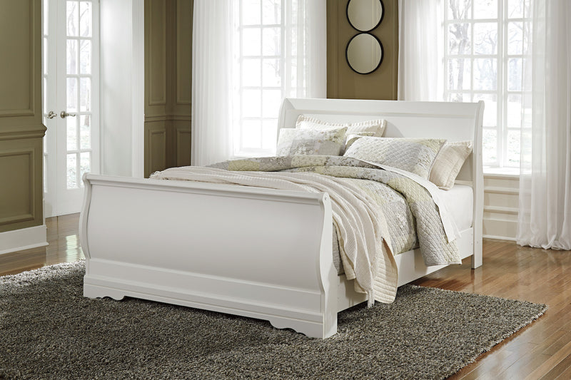 Ashley Anarasia Queen Sleigh Bed In White