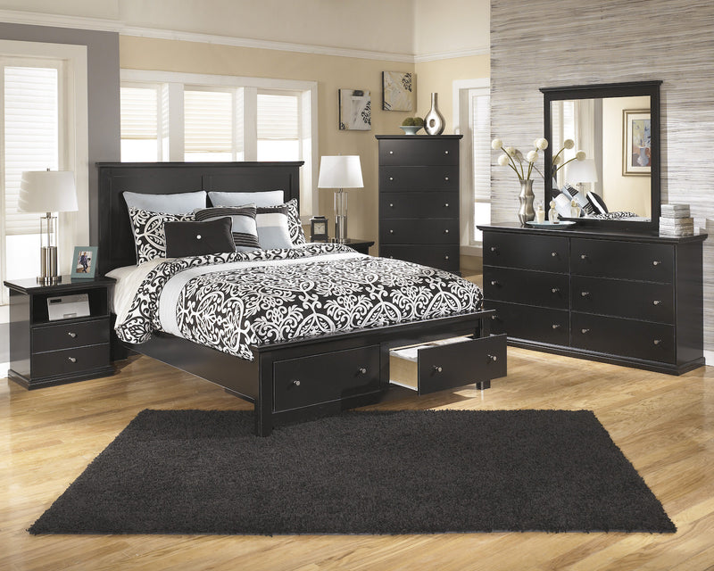 Ashley Maribel 4 PC Queen Storage Bed Bedroom Set in Black