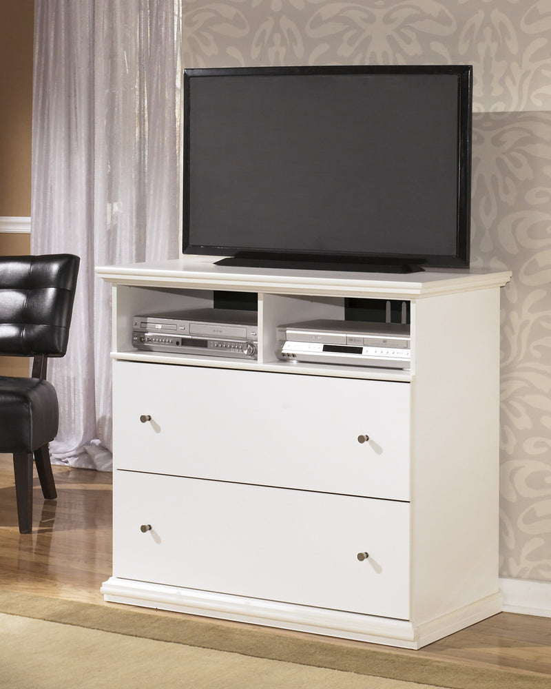 Ashley Bostwick Shoals media chest in White