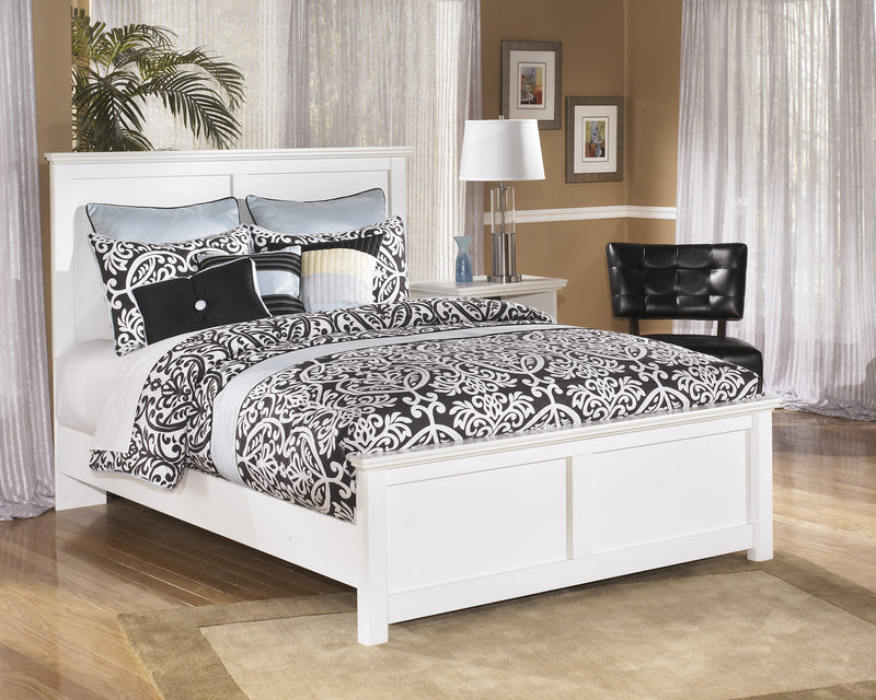 Ashley Bostwick Shoals E King Panel Bed in White