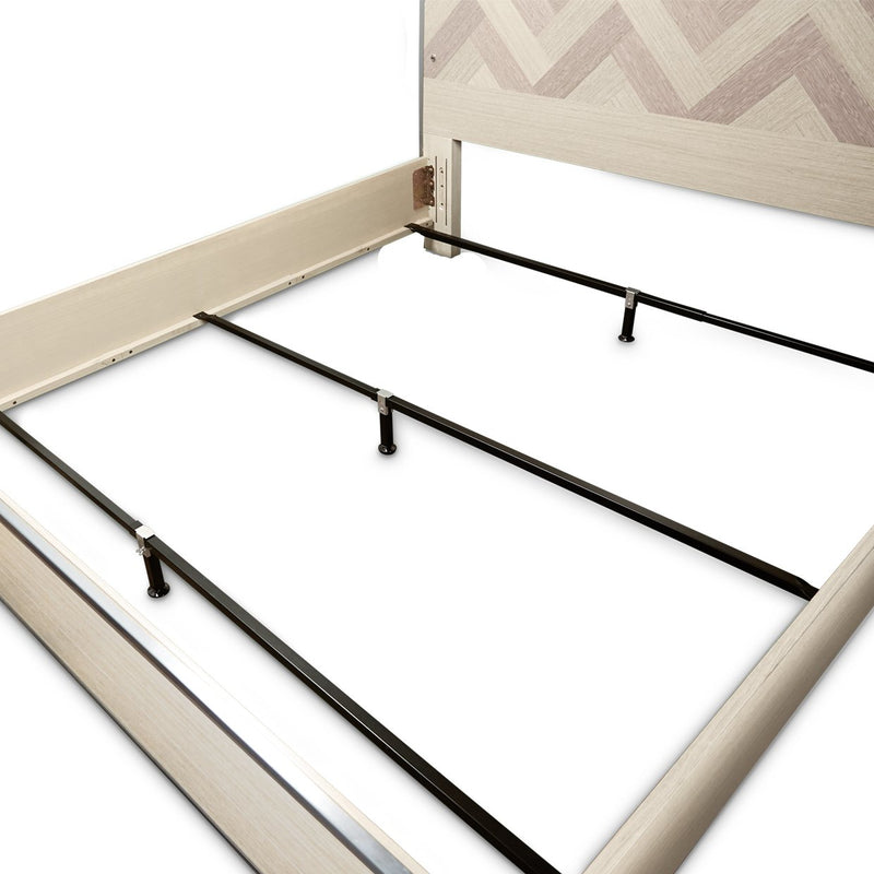 Aico Amini Silverlake Village Queen Panel Bed in Washed Oak