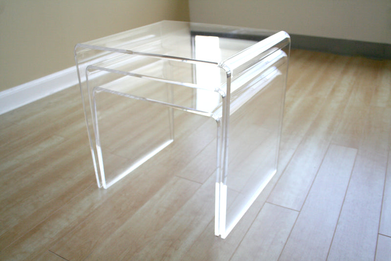 Mid-Century 3 Piece Display Nesting Table in Clear Acrylic