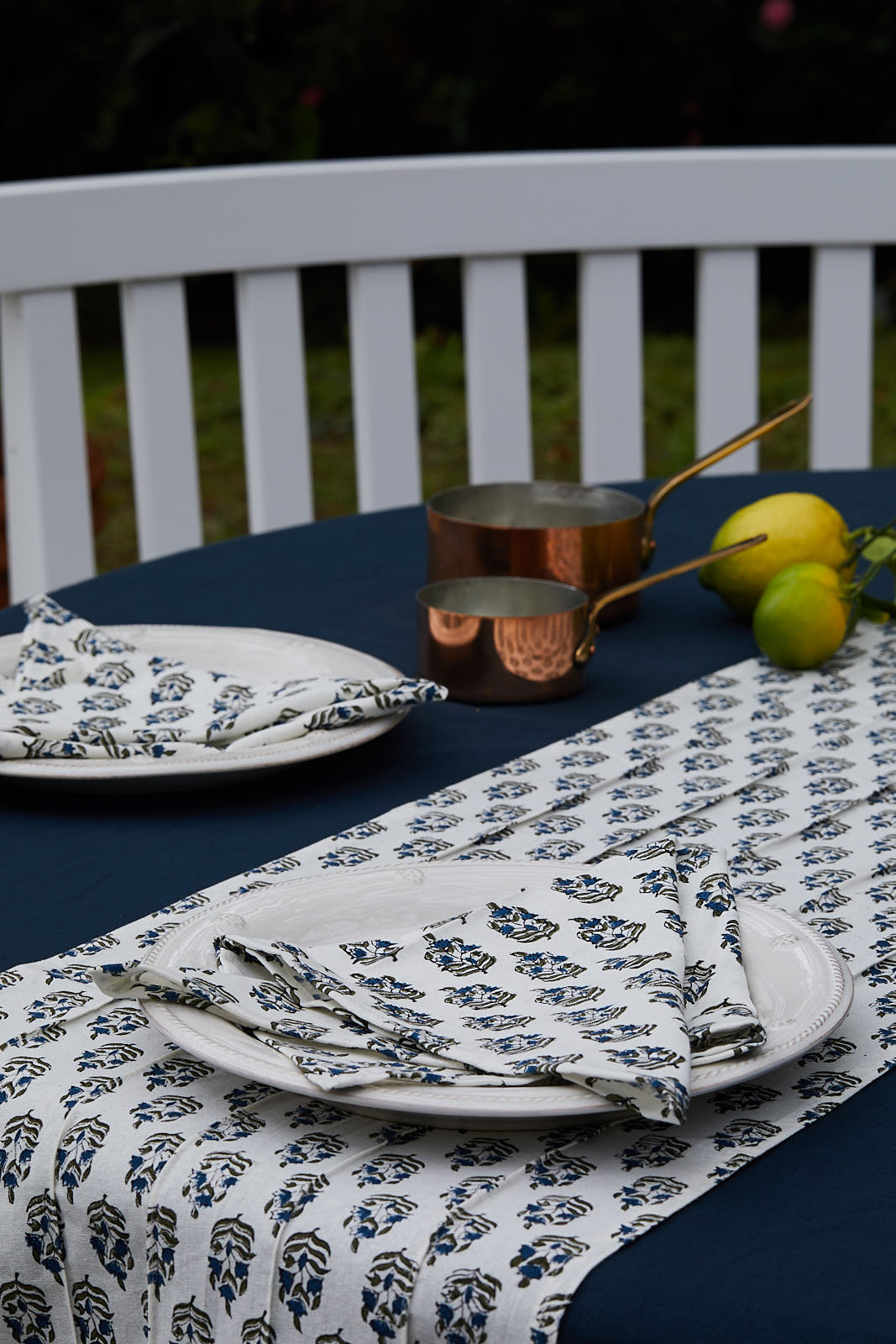 BASICS- MIDNIGHT BLUE TABLECLOTH