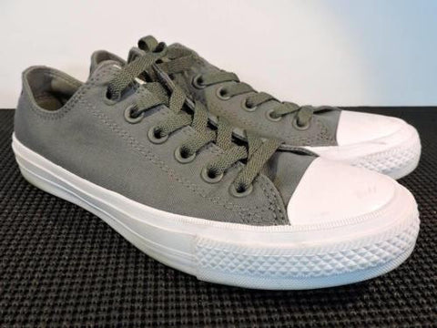 CONVERSE 'All Star' Chuck II Low Top Gray Thunder Sneakers Women's Size 8