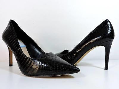 VINCE CAMUTO 'Panan' Pointed Heels Croc Embossed Black 9.5 M Leather Pumps Shoes
