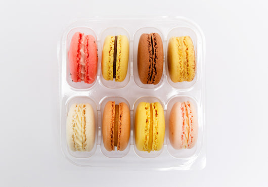8 Mixed Flavours of Macarons in a Beautiful Gift Box wholesale only