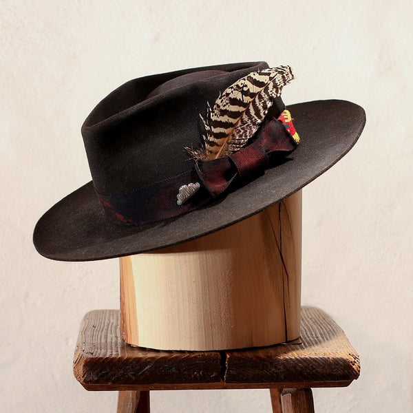 DISTRESSED BLACK FEDORA