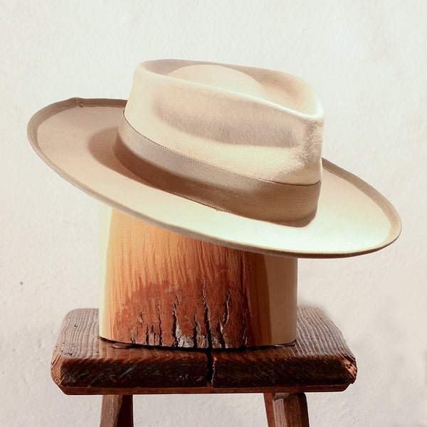 RAY – WHITE TEAR DROP FEDORA