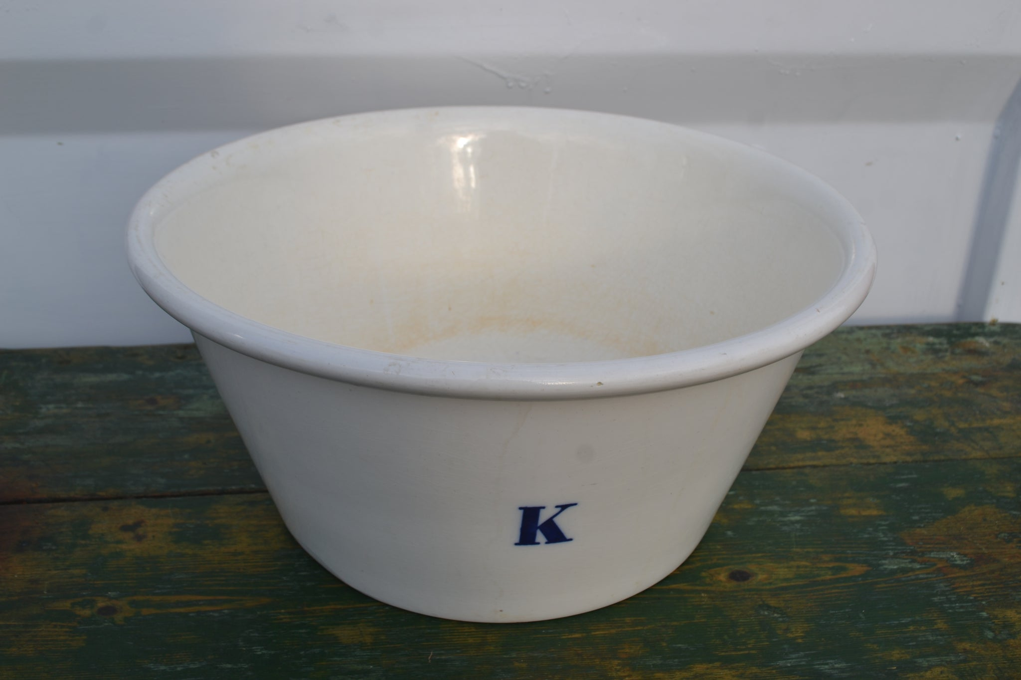 A large Mintons blue K bowl