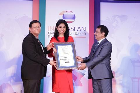DeBelle Wins Rising Star Of India Awards - Sept 2017