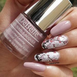 Vintage Frost - Light Nail art design inspiration