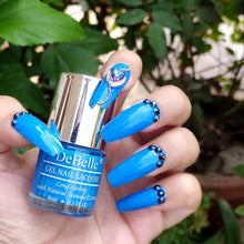 Load image into Gallery viewer, La Azure nail art - bright blue nail art design inspiration
