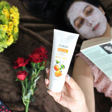 Load image into Gallery viewer, Best deep exfoliating face scrub in India for dry skin