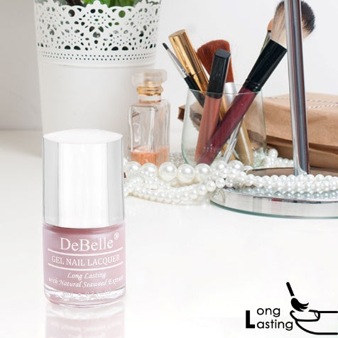 DeBelle Gel Nail Lacquer Marshmallow Crush