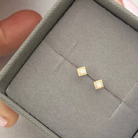 63WD square stud earrings