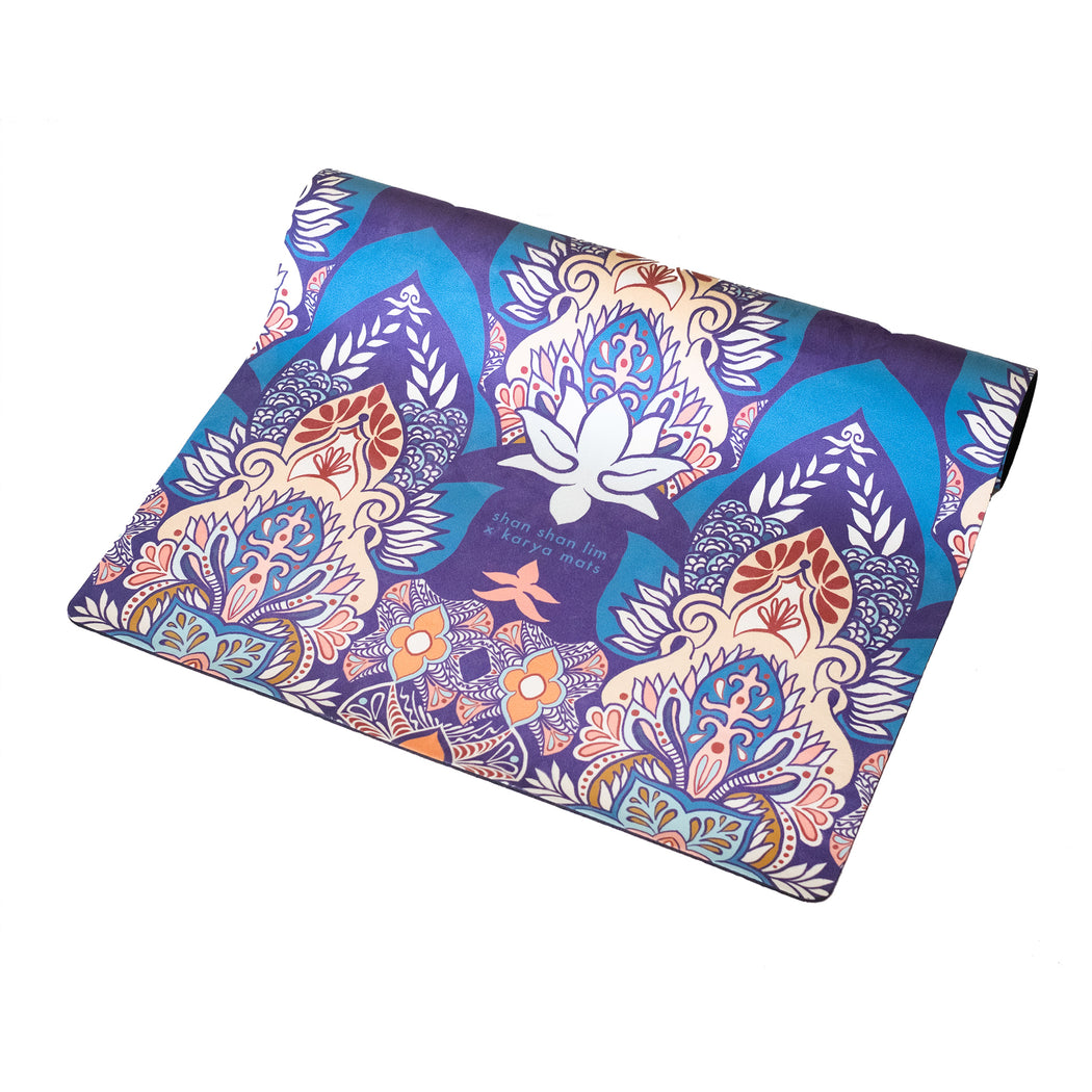 Teratai Travelite Yoga Mat by Shan Shan Lim by Karyaful