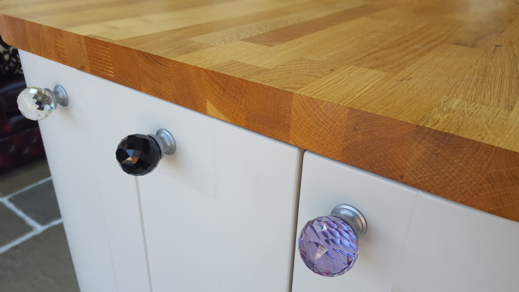 Your guide to choosing the best kitchen door handles