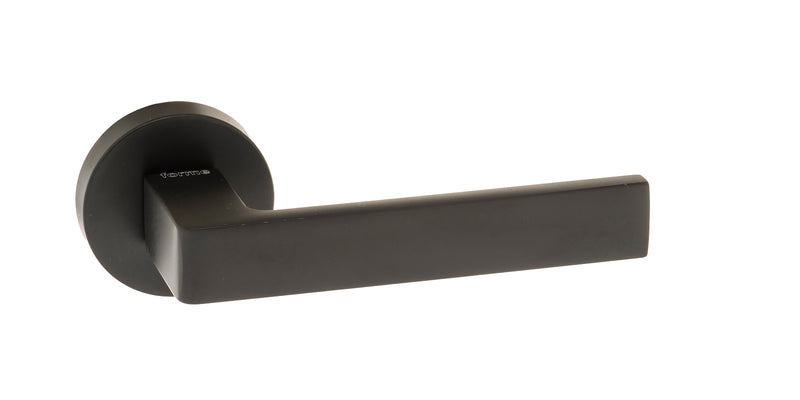 Atlantic UK Forme FMR254MB 'Asti' Matt Black Door Handles on round Rose