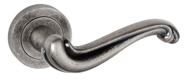 Colchester Pewter Distressed Silver Door Handles - OE177DS