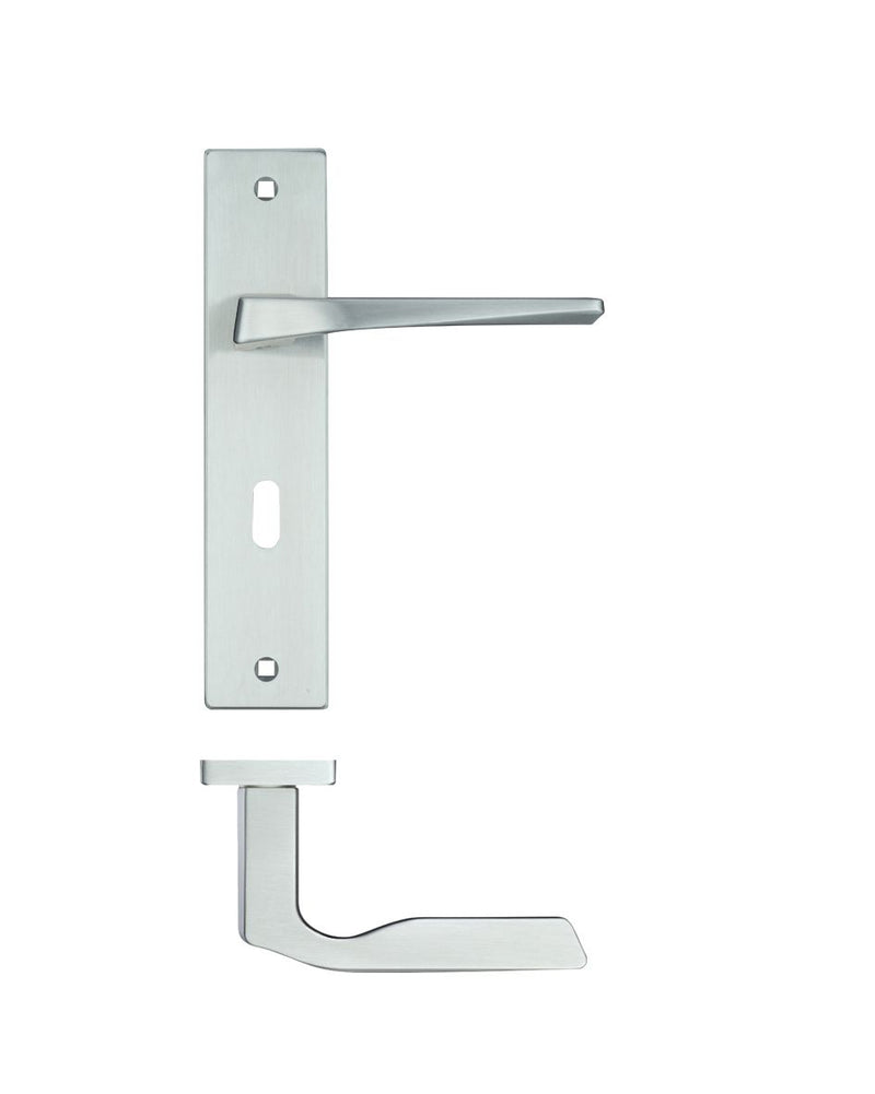 Rosso Maniglie RM092SC Lyra Door Handles on Backplate - Satin Chrome