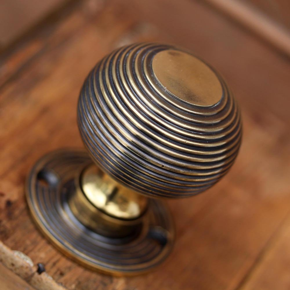 Aged Brass 50mm Reeded Beehive Mortice Door Knobs (Solid Brass) - SB2105AGB