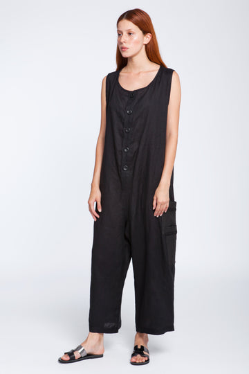 Linen onesie with leather buttons