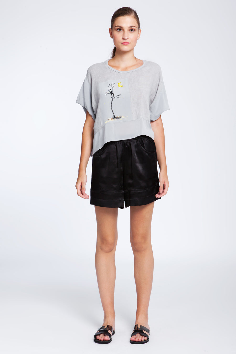 Short linen top with print