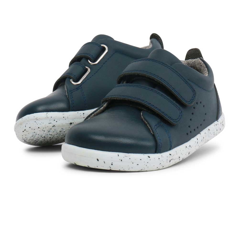 I walk Waterproof Grasscourt Sneaker Navy