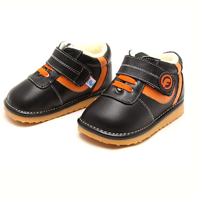 Luther Squeaky Boots Black