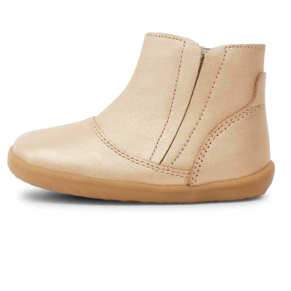 Step up Shire Boot Gold