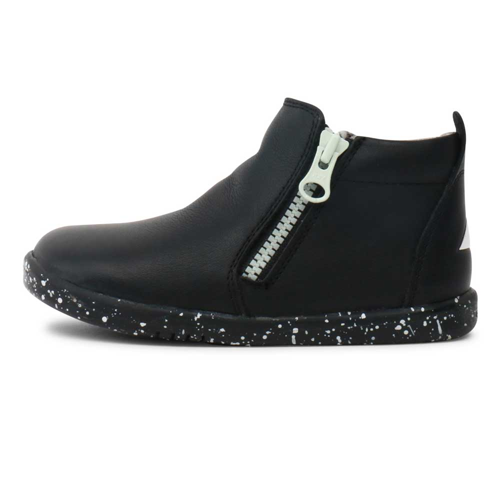 Tasman Boot Black