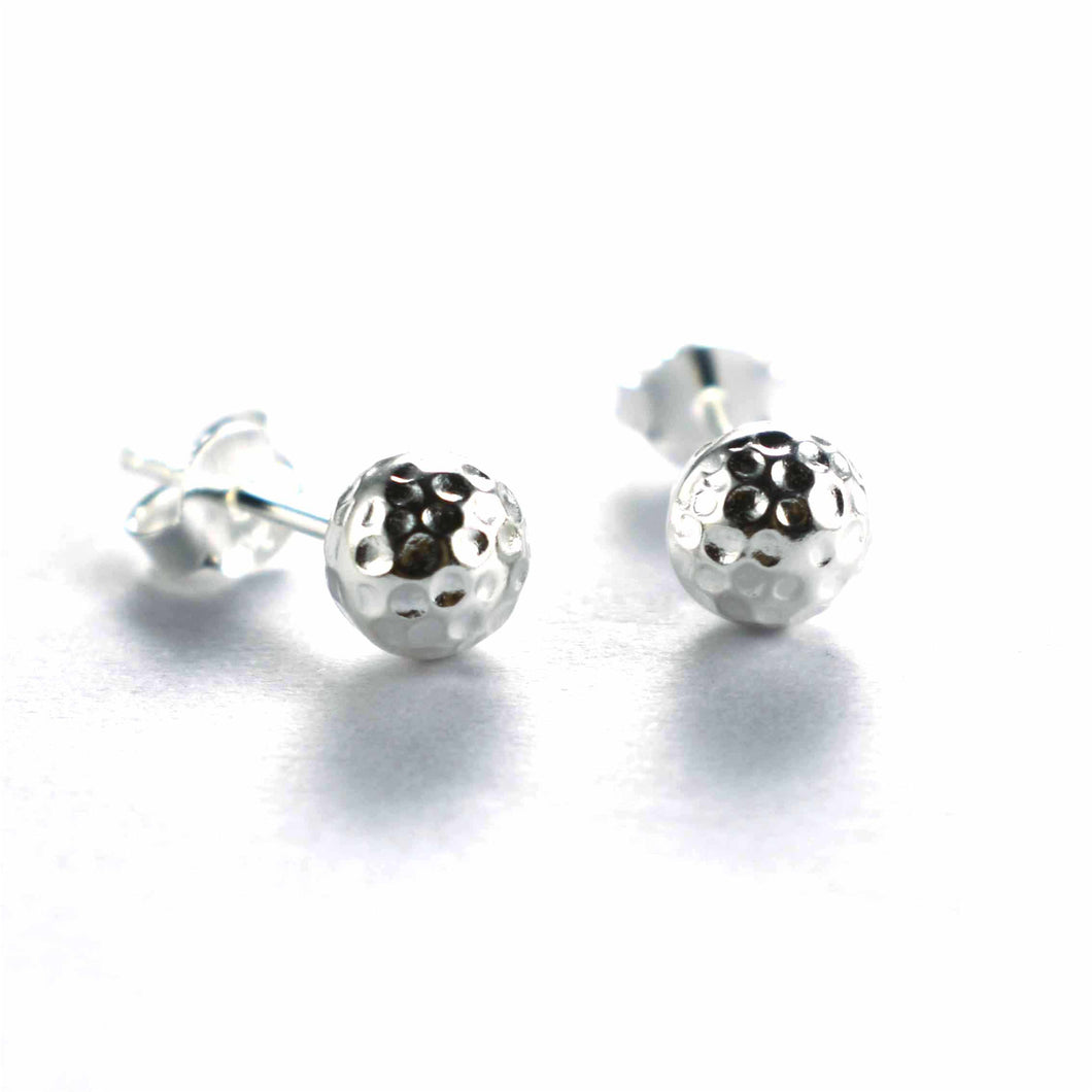 Ball stud earring with hummer pattern