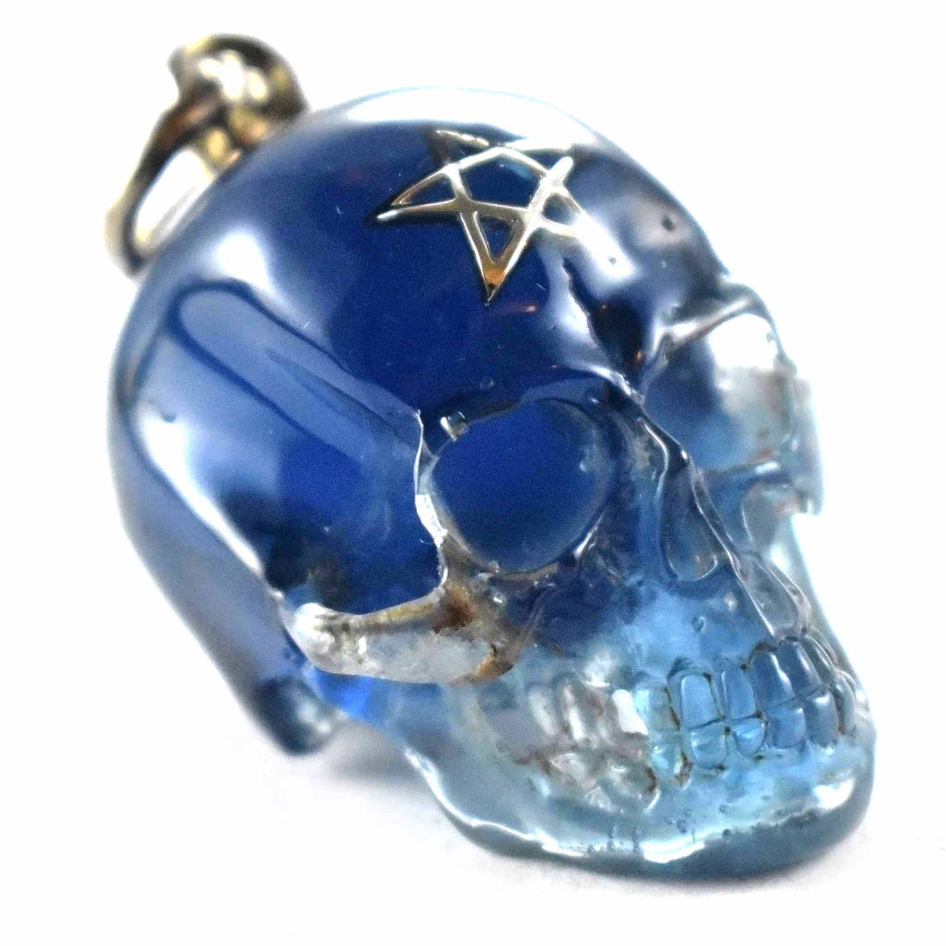 Blue color with star pattern skull silver pendant