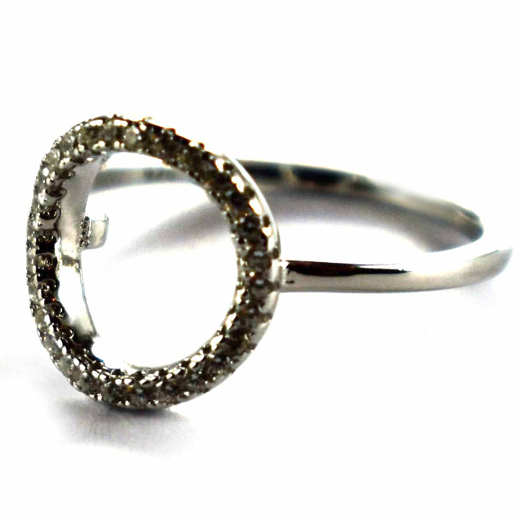 Circle pattern with white CZ silver ring
