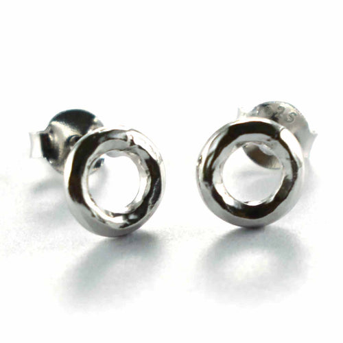 Circle studs silver earring