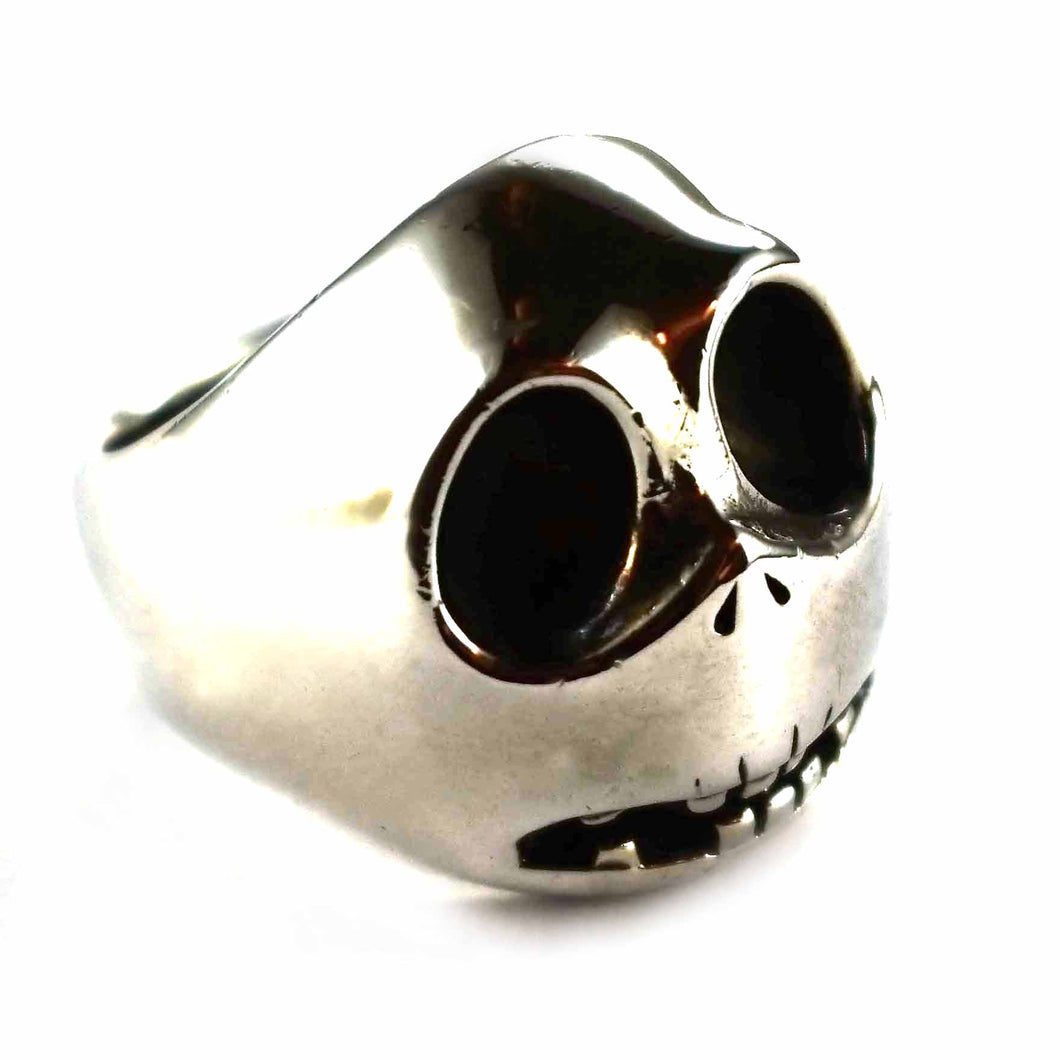 Jack with oxidizing silver ring