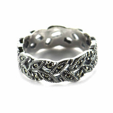 Leave silver ring with marcasite