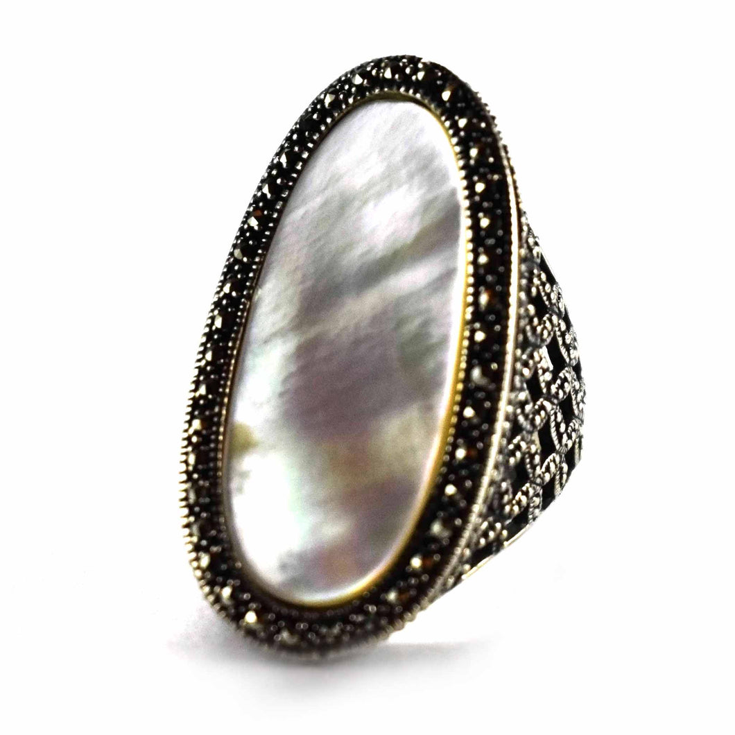 Marcasite with mother of pearl oval big silver ring