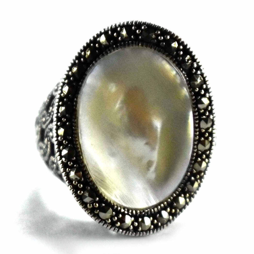 Marcasite with mother of pearl oval silver ring