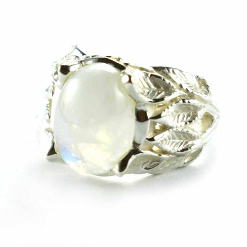 Moonstone silver ring with leaves patterns
