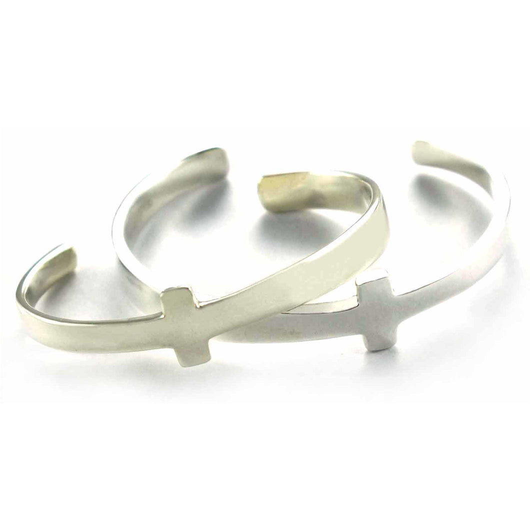 Plain series silver couple bangle with cross shape