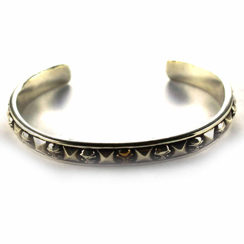 Rivet & Skull with oxidize silver bangle