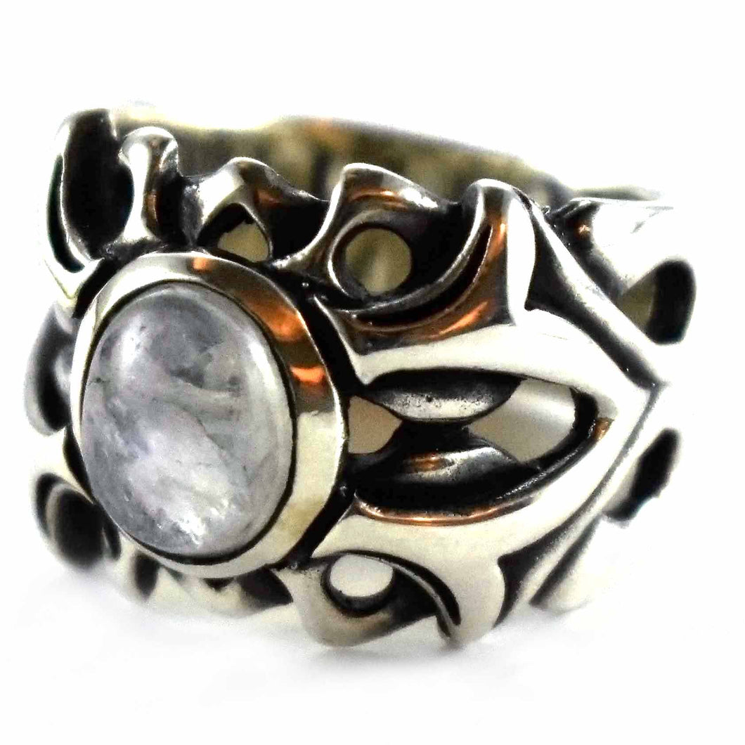 Round white crystal oxidize silver ring