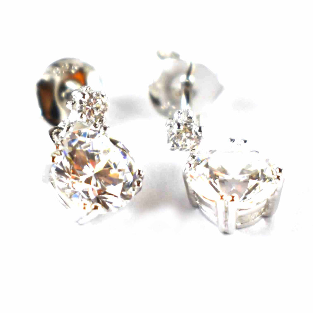 Silver earring with claw set white CZ