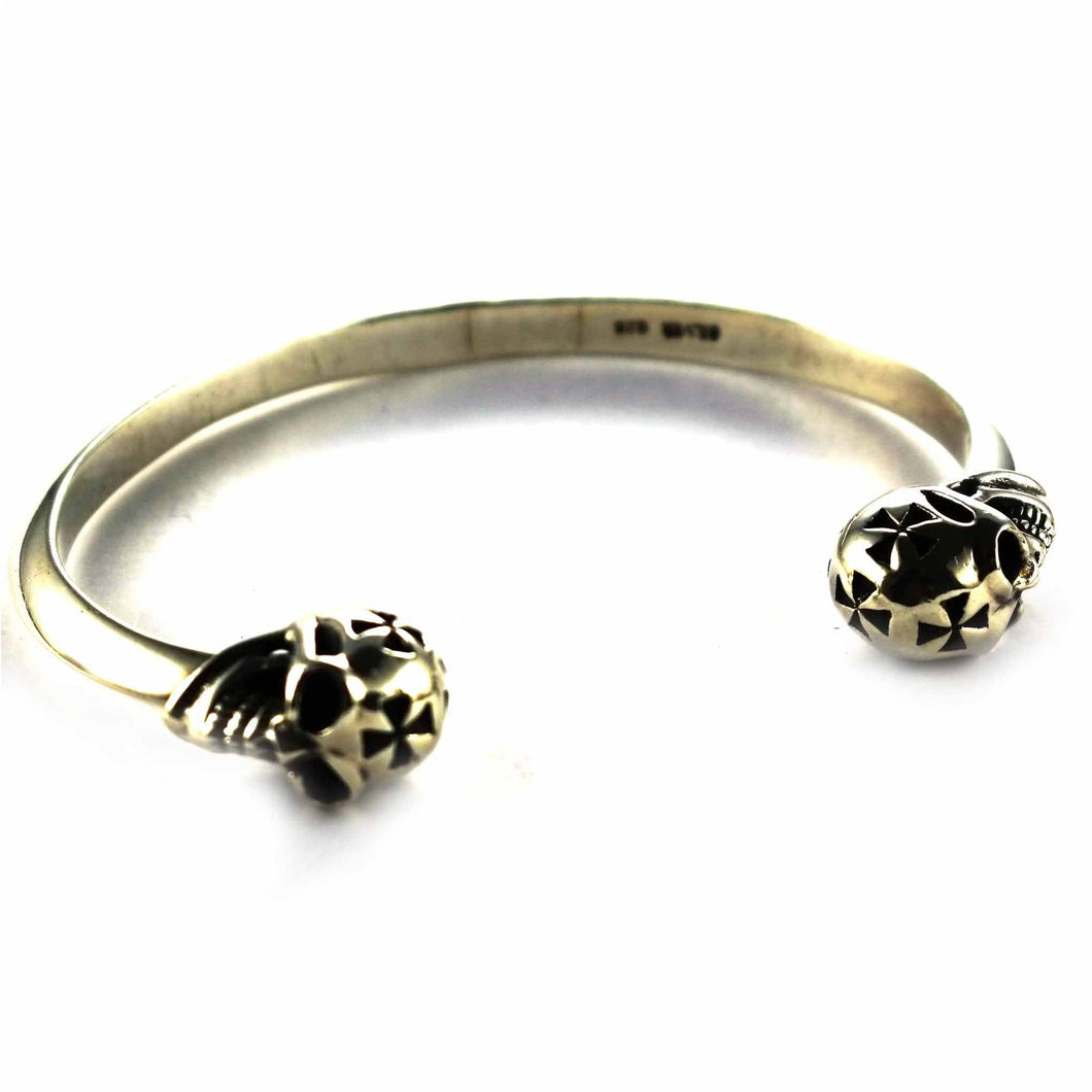Skull & Cross pattern silver bangle