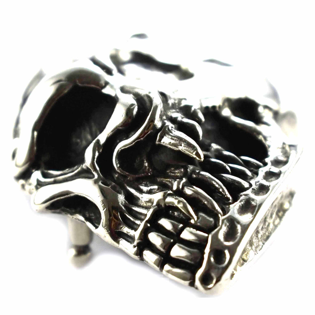 Skull pattern silver belt buckle