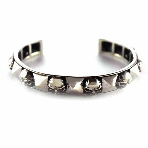 Skull & rivets silver bangle