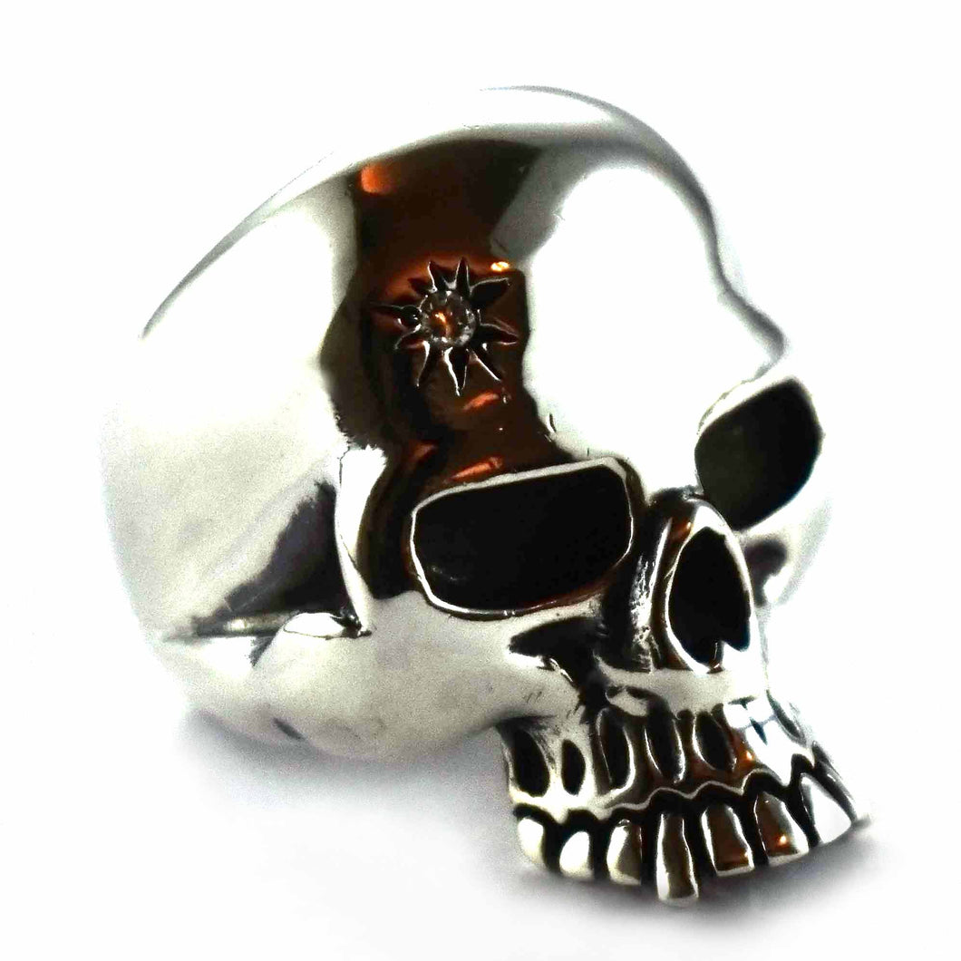 Skull with sun pattern & white cubic zirconia silver ring