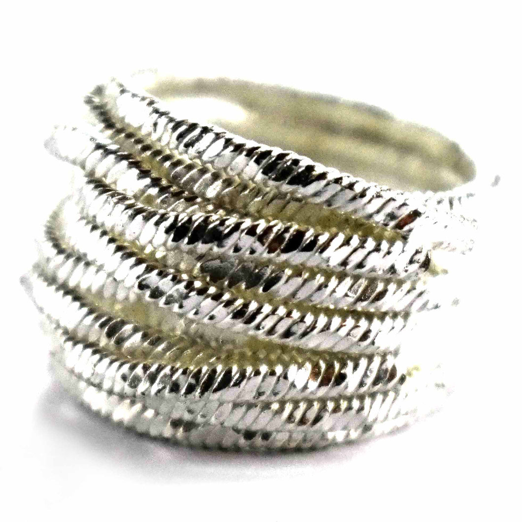 Wire shape silver ring