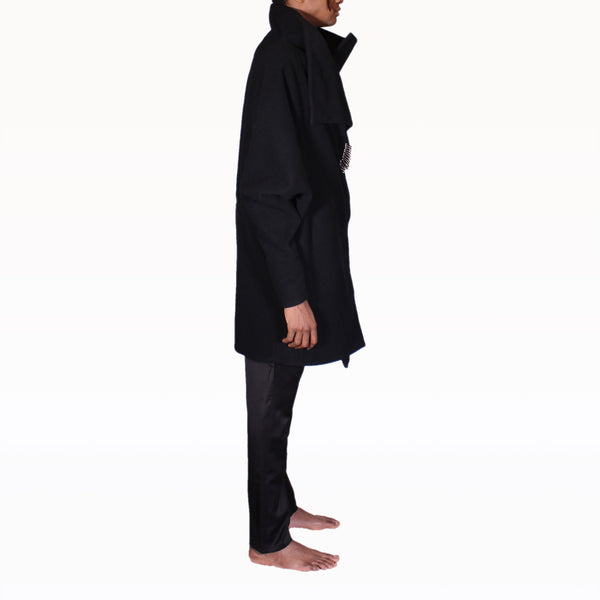 Right profile of Black Rob Coat